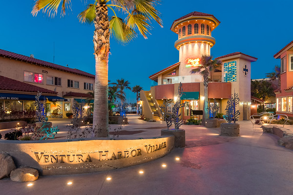 Ventura Harbor Village Public Plaza